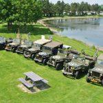 Camping Le Fanal : Vehicule Armee